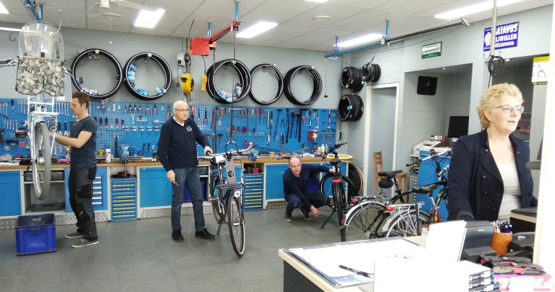 JAN wim kroon ebikes winkel Ter Aar Giant Flyer team